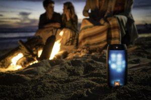 Mini Lautsprecher am Strand